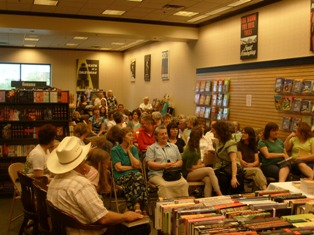 More of the Cheyenne crowd arriving to suppor Rose House and the library at our local B&N.